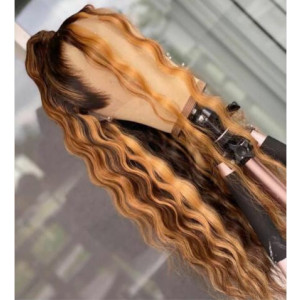 Remy Human Hair Ombre Pre-plucked Full Lace Wigs Two toned Color Wavy 150% Density Human Hair Glueless Lace Front Wigs  Bleached Knots